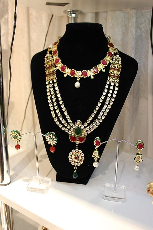 Ornate and beautiful wedding jewellery!