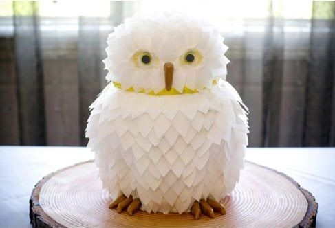 Hedwig? Oh my gosh you guys! This is a WEDDING CAKE!!!!!!!!!!!!!!!!!! SOOOOOOOOO CUTE!!!!!!!!!!!!!!!!!!!!!!!!