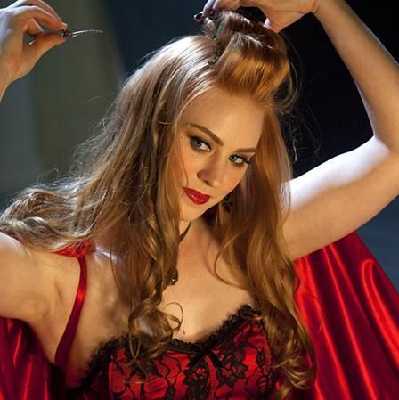 TRUE BLOOD:Jessica, Mmm, she is one hot red head.