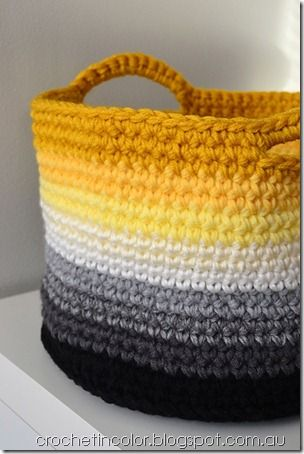 Ombre Basket With Handles - Free Crochet Pattern - (ravelry)