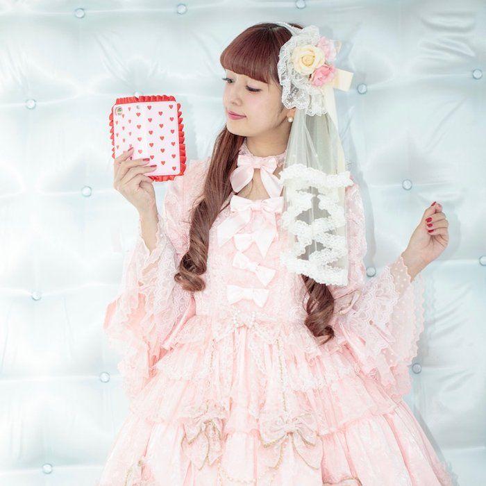 (⋈◍>◡<◍)。✧♡New arrival✨ *AokiMisako* Misako Aoki Original Smartphone Case(Heart Frill)  https://www.wunderwelt.jp/en/fleur/products/m-01607 Worldwide shipping available    How to order ✨ → https://www.wunderwelt.jp/en/shopping_guide  ✨ Official online retailer ✨ Wunderwelt Fleur ✨