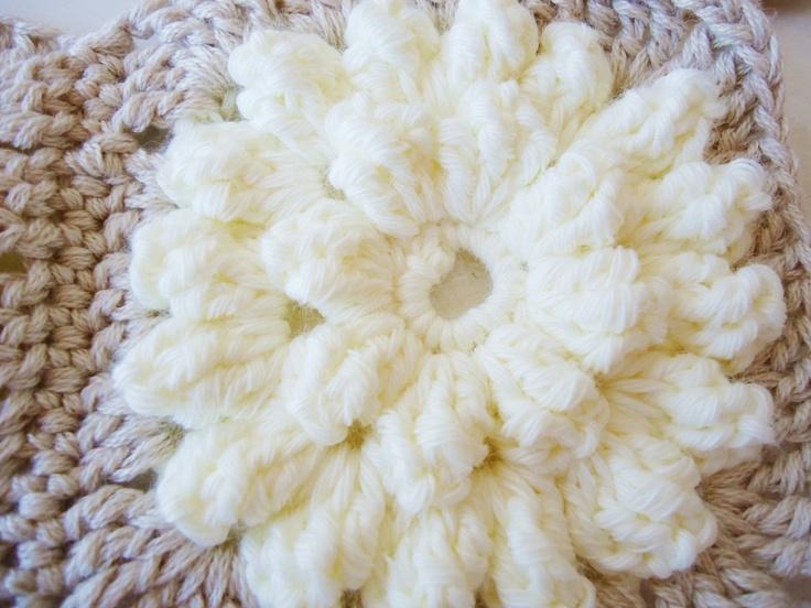 Crochet popcorn flowers