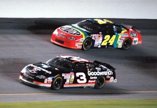 Jeff Gordon racing with Dale Earnhardt in 2000 (This brings back memories!)