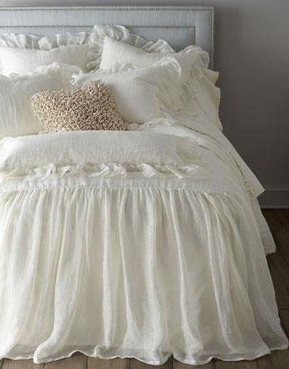 Le lit est blanc ...