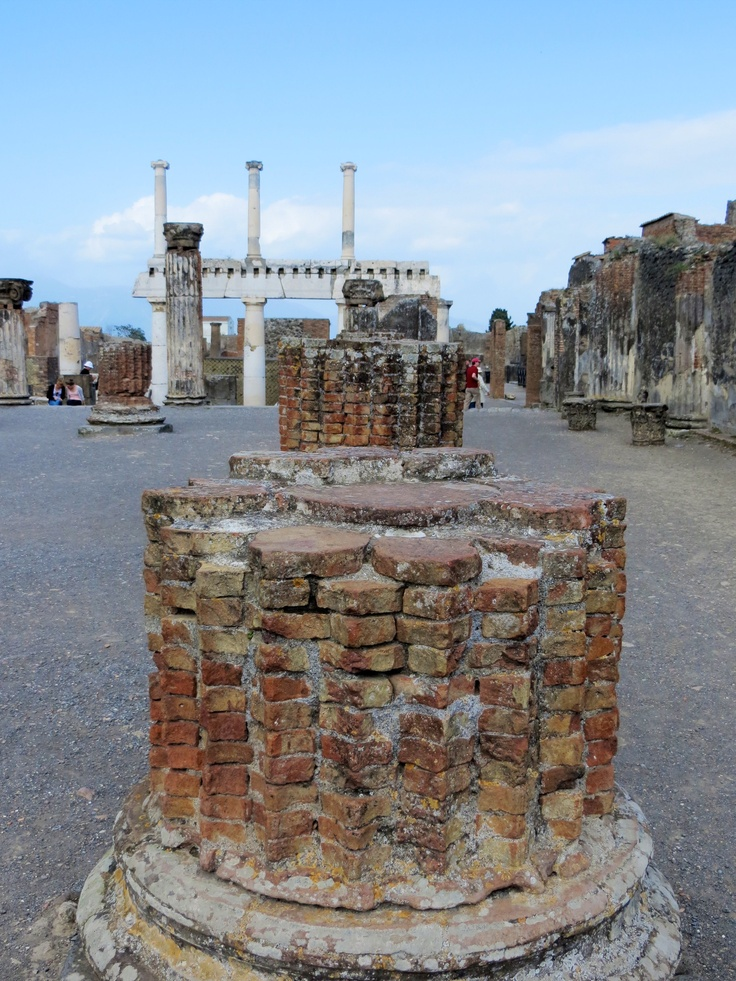 ancient history pompeii and herc History of the archaeological site pompeii is  the urbanization process enjoyed a great boost in ancient pompeii:  the archaeological site of pompeii.