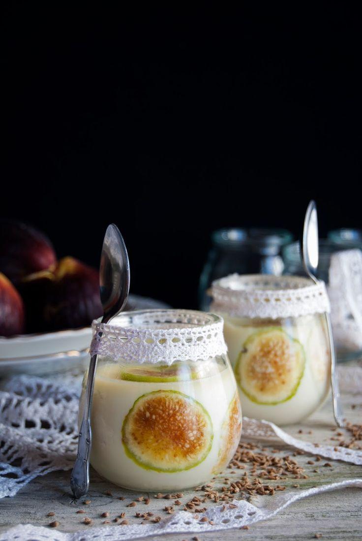 La asaltante de dulces: Receta de panacota de higos y anís/ Fig & anise pannacotta recipe. Love it!