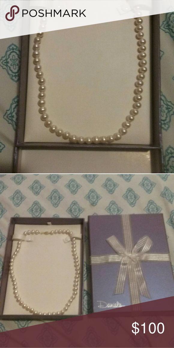 Daniel's jewlry- Pearl Necklace Brand new never worn still in box pearl Accessories