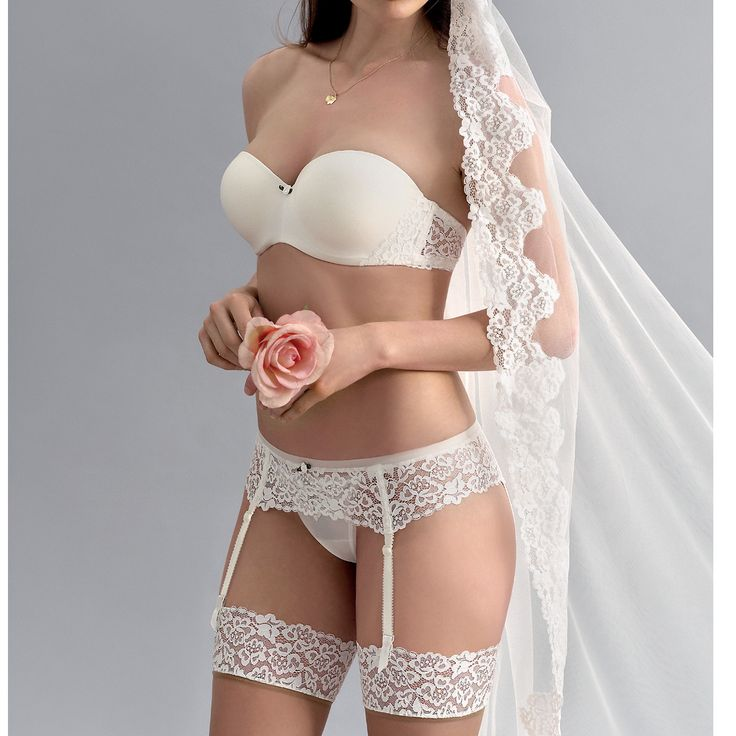 This Push Up Bandeau Bra Is Perfect For Bridals Http Www Bridal