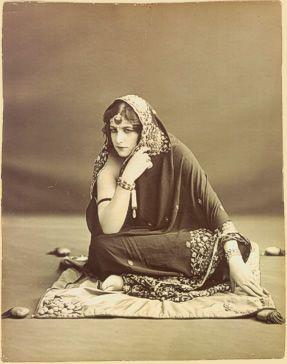 Antena 3 prepara una nueva miniserie que constará de ocho episodios y que reflejará la vida de La princesa de Kapurthala, la andaluza Anita Delgado que en 1908 y con 17 años se convirtió en la espo...