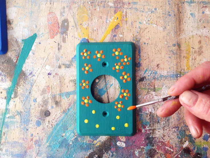 Customizando espelhos de luz, por Vero Kraemer do Além da Rua Atelier (edição 03 - página 90) http://www.revistaocapop.com/#!blank/d0cug