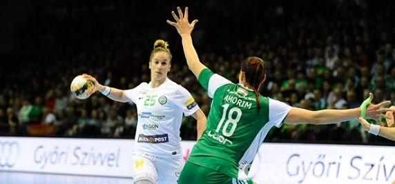 Komoly pofon - Női kézilabda-csapatunk tizenegy gólos vereséget szenvedett a Győr otthonában.