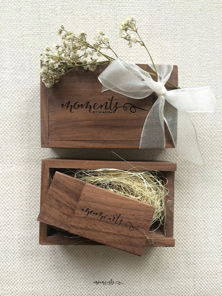 Another cracking example of a customer shot of our wooden USB flash drives and gift boxes - the finishing touches and the photograph have been supplied by Moments Photography. (thank you) #USB #Photographers