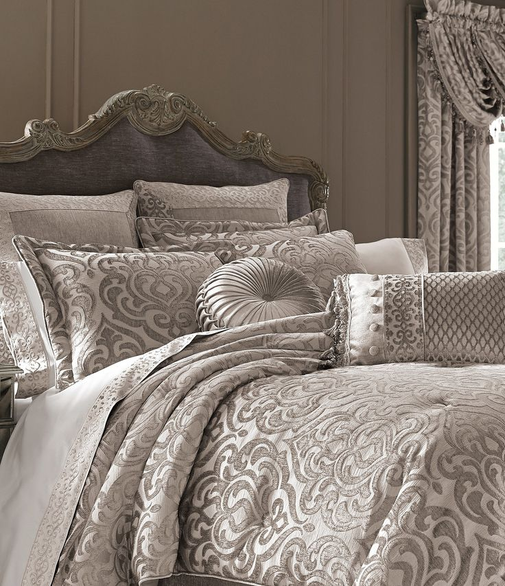 Waterford Carrick Scroll Damask Jacquard & Chenille