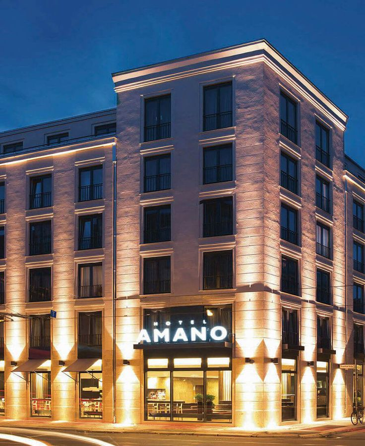 The Hotel Amano has 163 rooms and fully serviced apartments right in Berlin Mitte and offers free Wifi, soundproof windows and air conditioning.