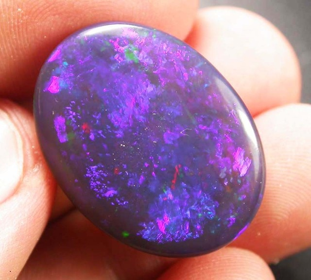 gem black opal crystal magical hues lg 27.9 cts jo1795