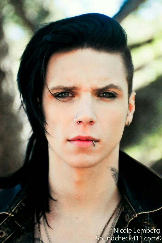 211 best Andy Biersack images on Pinterest | Andy black, Black ...