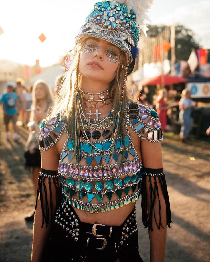The rising intensity of festival attire can be noted from consumer scans to see what is on the rise.