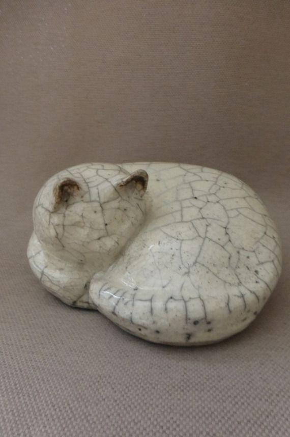 Chat  en céramique raku