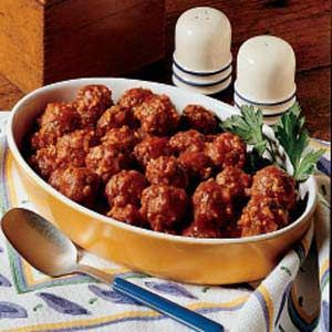 porcupine balls - my mom made these better then anyone.. i can not remember her way but i will try a little different, because of missing how these taste :))