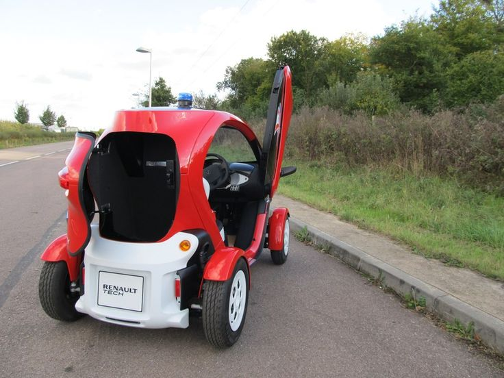The Twizy's rear seat is replaced with a storage trunk