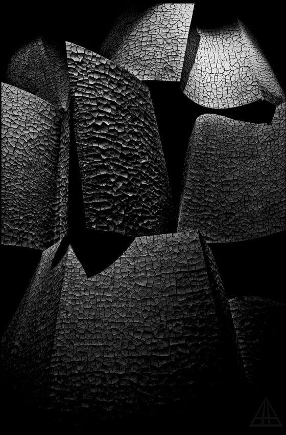 Black | 黒 | Kuro | Nero | Noir | Preto | Ebony | Sable | Onyx | Charcoal | Obsidian | Jet | Raven | Color | Texture | Pattern | Styling | Shapes | Abstract | Via Tumblr