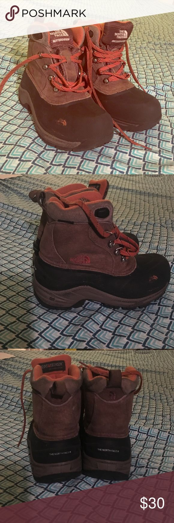 Boys Heat seeker Northface boots size 2 Slightly worn, great condition, great for winter/snow weather The North Face Shoes Boots