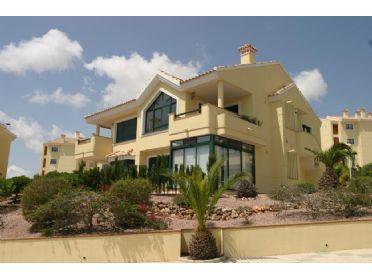 ¡Ven a vivir junto al golf en Campoamor, a 5 minutos en coche de la playa! #Campoamor #OrihuelaCosta