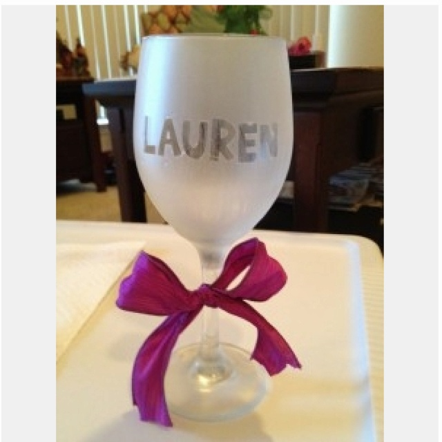 Monogrammed wine glasses using stickers and frost spray for Spray painting wine glasses