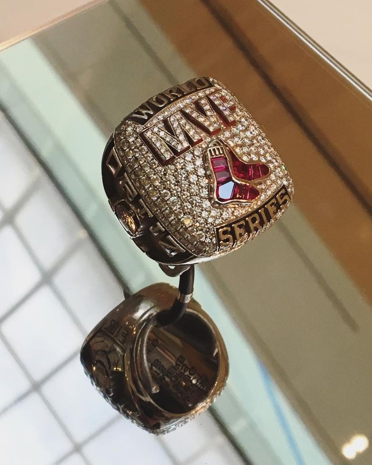 It's a @davidortiz grand slam! The @redsox champ's 2013 World Series MVP ring, engraved with his legendary 2013 playoff stats, is now on view. See it alongside his 2005, 2007 and 2013 World Series rings through Labor Day 💎