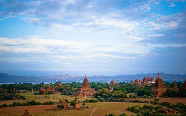 #Sunrise at Temples of #Bagan, #Burma. www.quynhle.com