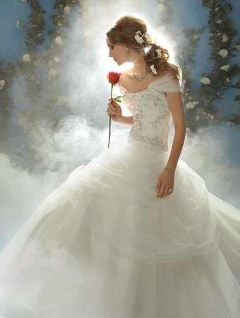 Abito da sposa bella e la bestia