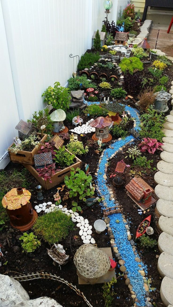 1412 best fairy garden images on pinterest fairy for Deco jardin miniature
