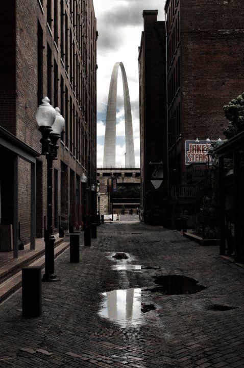 Laclede's Landing: Photo by Photographer David B. Kilper