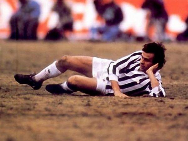 offside??...zzz ;1985 toyota cup