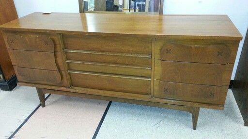 Best Mid Century Bassett Triple Dresser W Mirror With Images 640 x 480