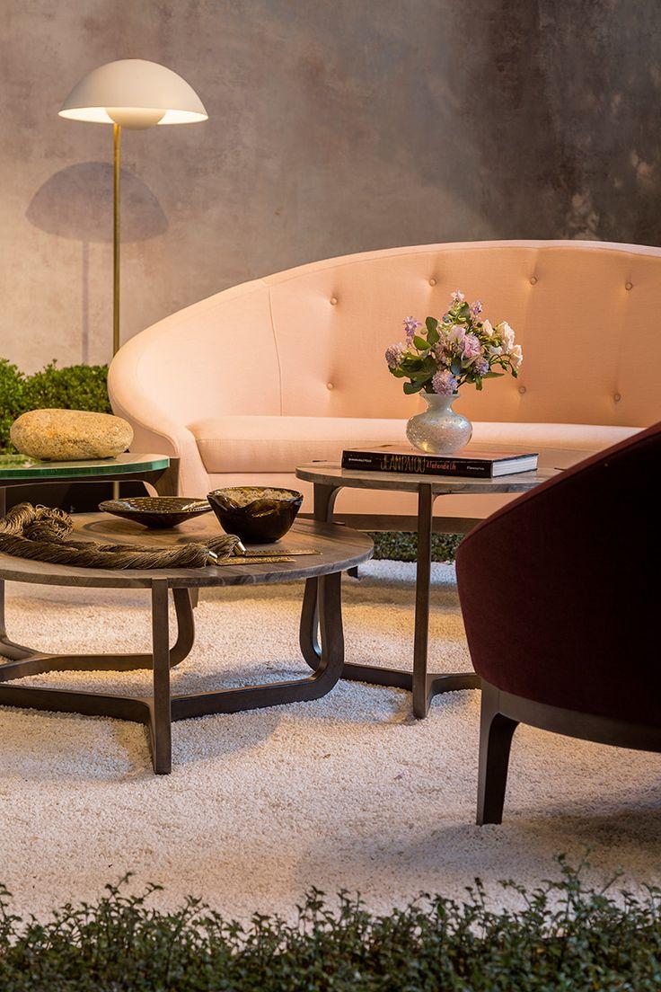 Mesa de centro, decoração de mesa de centro, decoração diferente, decoração de sala, detalhes sala de estar, flores, Cristais Cá d'Oro.