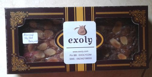 Brownies Lumer Coklat Toping Almond
