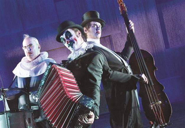 British cabaret-punk trio to play grotesque 'Hamlet' in Istanbul
