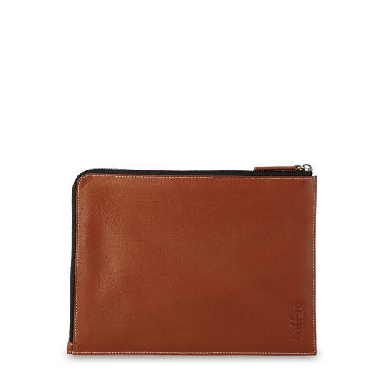 Toffee Cases Leather Corner Sleeve #ipadmini #ipadair #leather #ykkzips  Shop here >> http://www.toffeecases.com/en/home/50-leather-corner-sleeve.html#