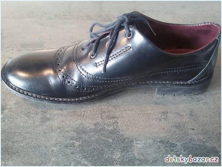Prodám společenskou obuv pro chlapce z bazaru