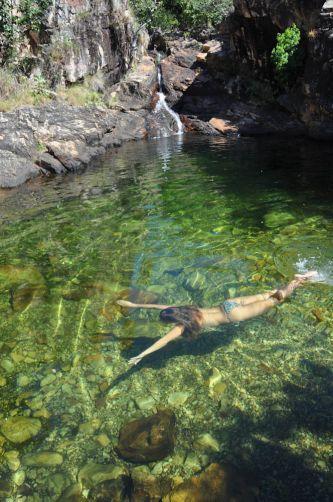 Poço de águas esverdeadas da Cachoeira do Paraíso, em Natividade - Tocantins