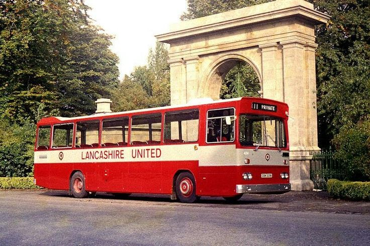 424 Leyland Leopard with Northern Counties body when brand new.