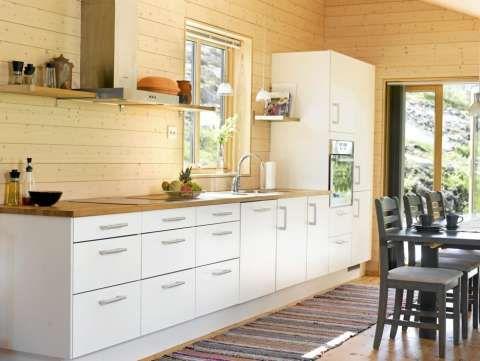 RETTE LINJER: Interiøret på hytta er moderne og stilrent