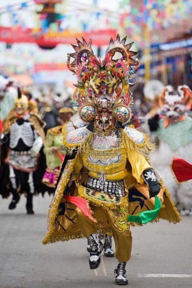 More of the diablada