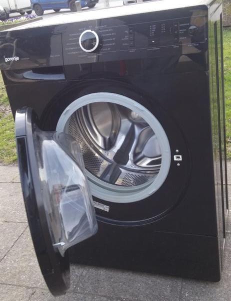 Ich Verkaufe Hier Einen Gebrauchten Waschmaschine Von Der Firma