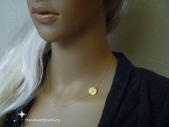 Laterale iniziale Collana oro 14kt  collana di FemmartJewelry, $20.00
