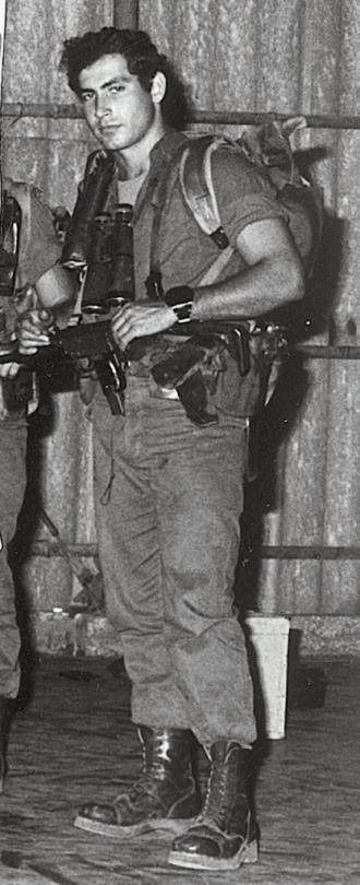 Benjamin Netanyahu in the Sayeret Matkal special forces unit c. 1968