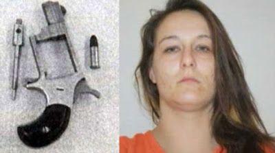 Mulher presa com revólver na vagina e drogas no reto é condenada a 25 anos de prisão   S1 Noticias