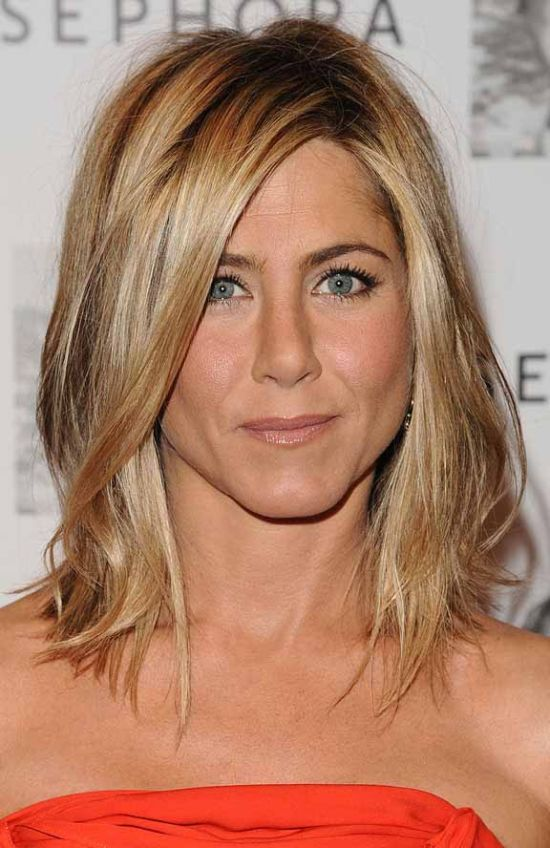 frisur von jennifer aniston moderne m nnliche und weibliche haarschnitte und haarf rbungen. Black Bedroom Furniture Sets. Home Design Ideas