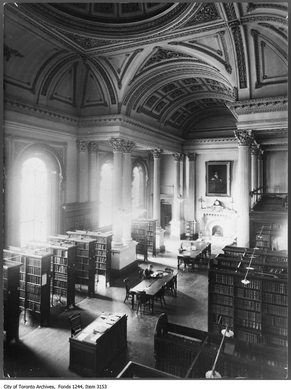 Osgoode Hall Library, 1910.